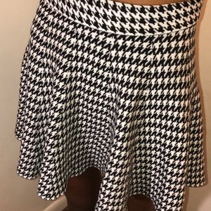 Black and white go out skirt